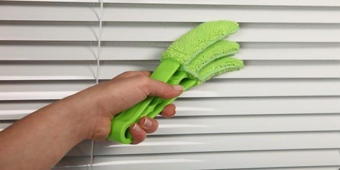 Как правильно почистить жалюзи